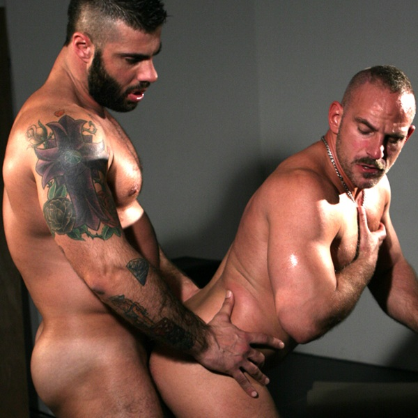Muscled sex
